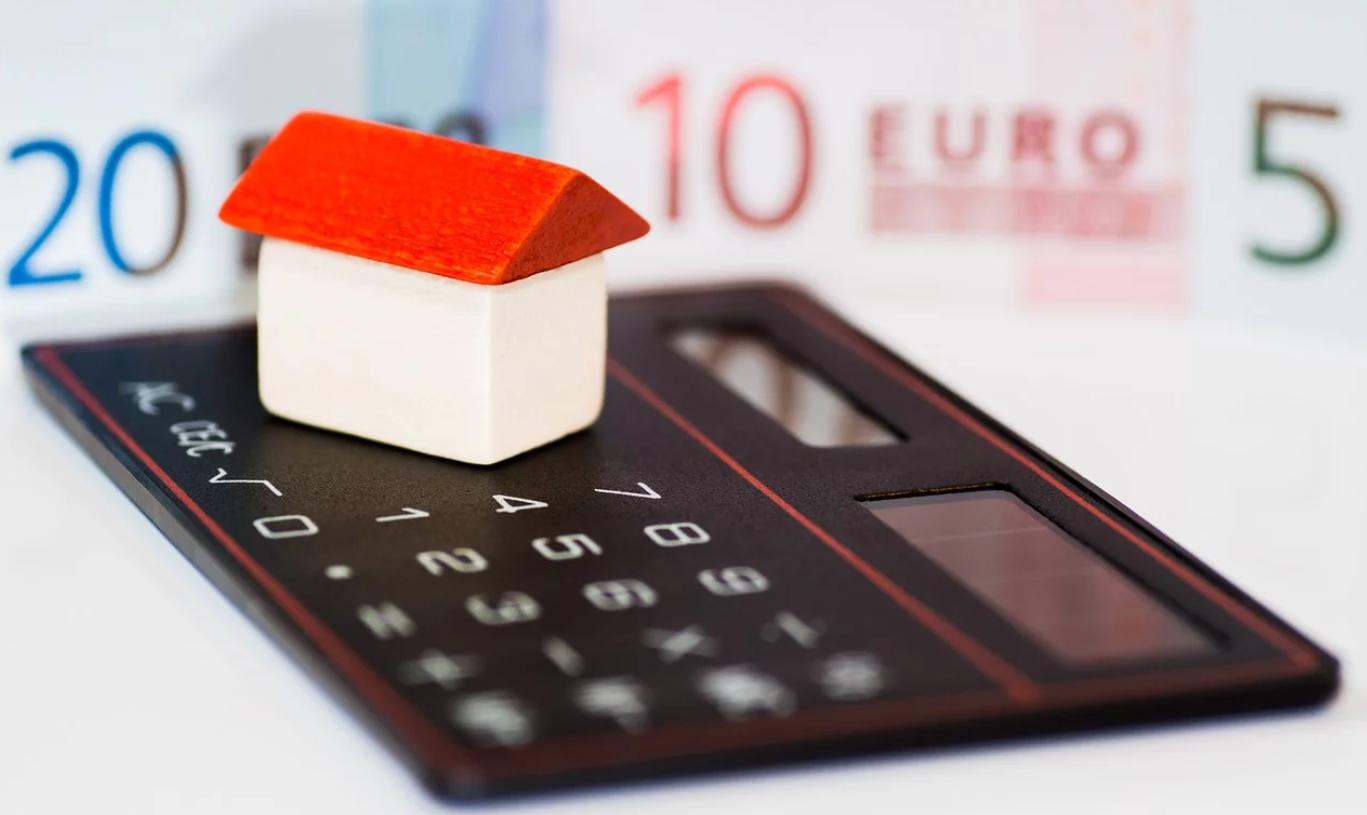 妻の借金は住宅ローンの審査に影響する?過去の借金は関係ある?