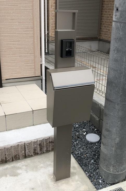 宅配ボックス無し現場の門柱【アイディホーム】