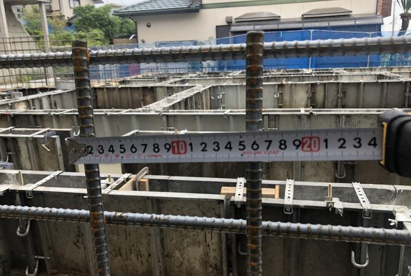 東栄住宅の建売の基礎配筋の間隔は?